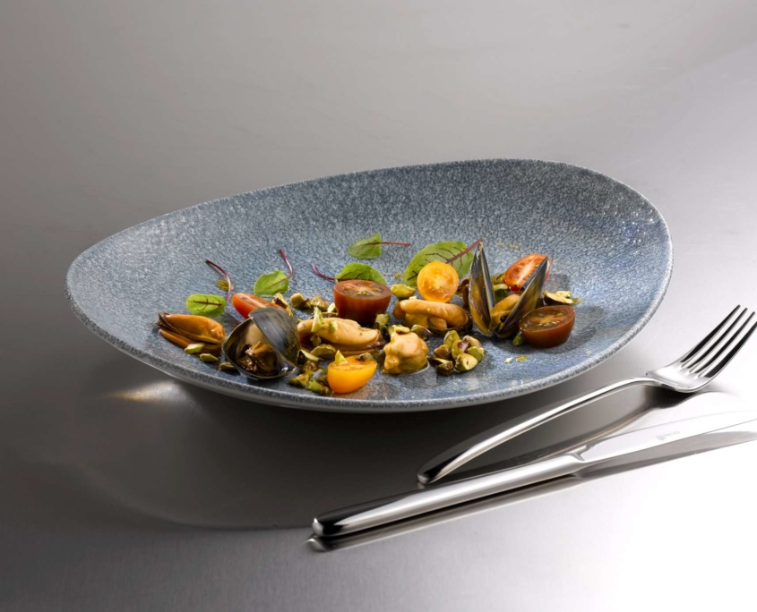 Assiette Raku Ovale Blue Churchill